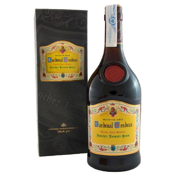 Comprar-online-Brandy-Cardenal-Mendoza-con-estuche-Botella-de-70-cl