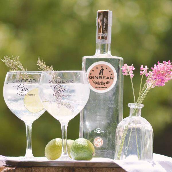 Comprar-online-Ginebra-GINBEAR-Madrid-Dry-Gin-botella-copas